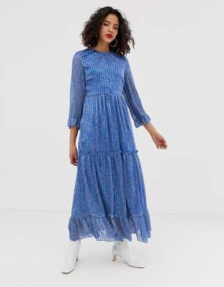 Vero Moda ditsy tiered maxi dress-Blue