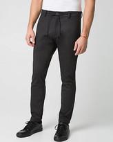 Le Château Knit Slim Leg Jogging Pant