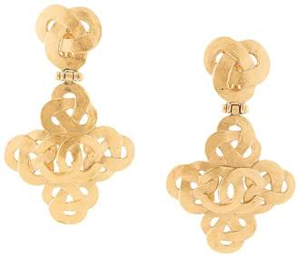 Chanel Pre-Owned CC filigree earrings
