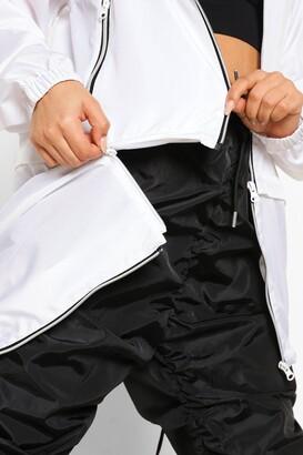 boohoo Zip Off Detail Hooded Festival Mac
