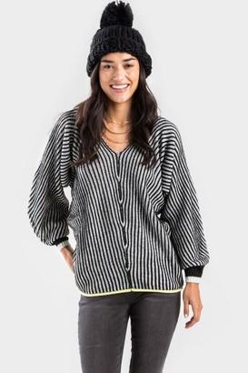 francesca's Judith Stripe Ribbed V Neck Sweater - Coral