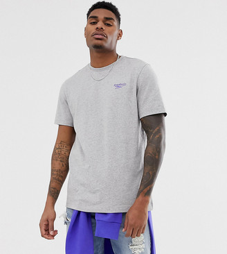 Reebok classics vintage logo t-shirt in grey Exclusive to asos