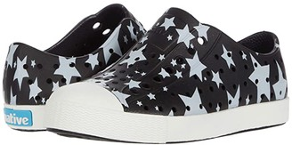 Native Jefferson Stars and Stripes Print (Little Kid) (Jiffy Black/Shell White/Multi Stars) Kids Shoes