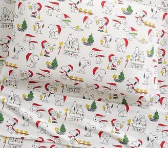 Pottery Barn Kids Organic Flannel Peanuts Holiday Sheet Set & Pillowcases