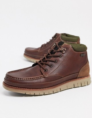 Barbour Victory leather chukka boots in tan