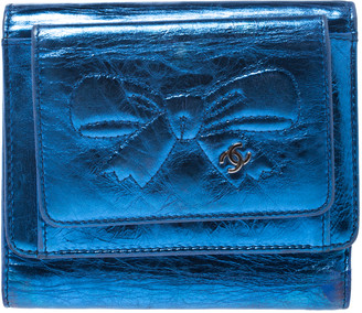 Chanel Metallic Blue Cracked Leather CC Bow Wallet