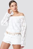 NA-KD Wide Cuff Off Shoulder Lace Top