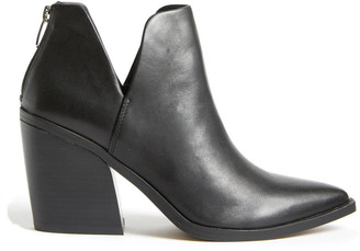 Steve Madden Black Leather Alyse Bootie Black 6