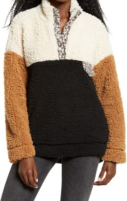 Thread & Supply Wubby Colorblock Fleece Pullover