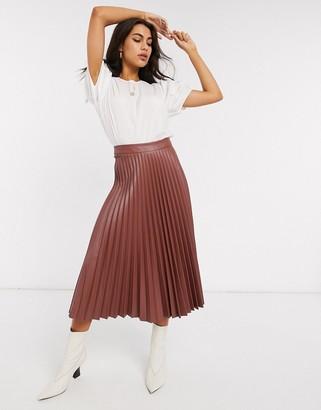 Stradivarius faux leather pleated midi skirt in rust
