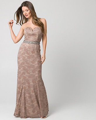 Le Château Embellished Lace Sweetheart Gown