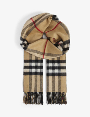 Burberry Giant check tasselled-trim cashmere scarf