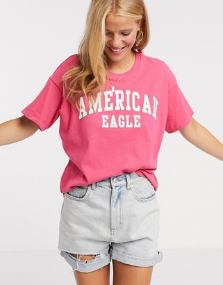 American Eagle short sleeve tee in fuchsia pink