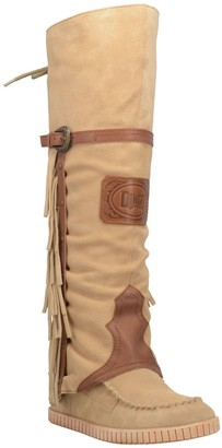 Dingo Suede Pull-On Moccasin Boot - Caddo