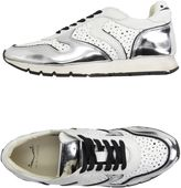 Voile Blanche Sneakers
