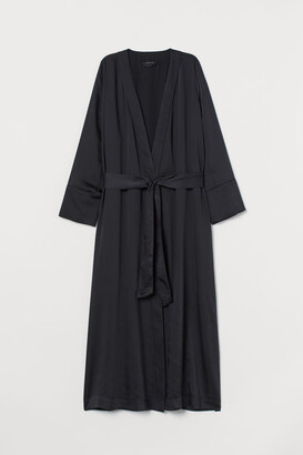 H&M Satin dressing gown