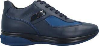 Cristiano Gualtieri Low-tops & sneakers