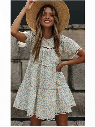 FS Collection Short Sleeve Tiered Mini Dress In Pale Blue Daisy Floral Print