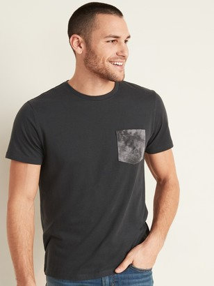 Old Navy Soft-Washed Graphic Chest-Pocket Tee for Men