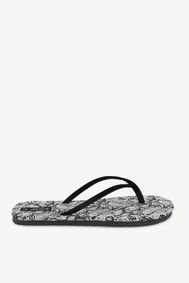 Ardene Paisley Foam Flip-flops