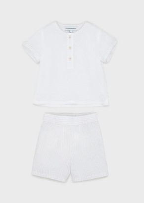 Emporio Armani Outfit With T-Shirt And Linen Bermuda Shorts