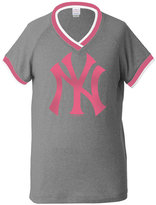 5th & Ocean Girls' New York Yankees Triple Flock T-Shirt