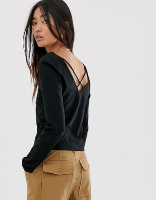 Only cropped square neck top with cross back-Black