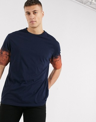 Le Breve oversized t-shirt with neon sleeve dip