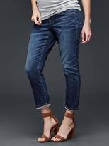Gap Full panel best girlfriend jeans