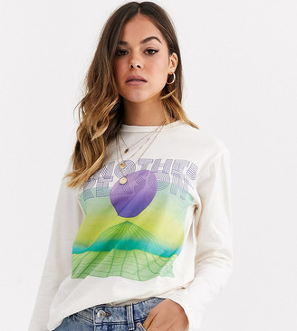 Another Reason long sleeve t-shirt with futuristic graphic-Beige