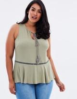 Swing Vest with Tassel
