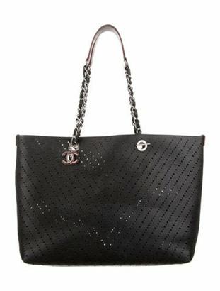 Chanel CC Shop Chevron Tote w/Pouch Black