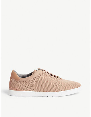 Aldo Heary trainers