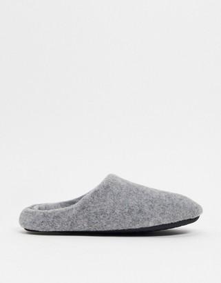 ASOS DESIGN slip on slippers in grey marl