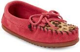 Minnetonka Toddler Girls) Hot Pink Leopard Print Calf Hair Moccasins