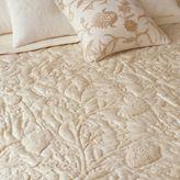 Crewel silk creme quilt