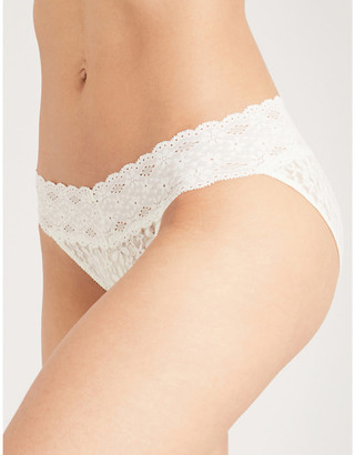 Wacoal Halo stretch-lace bikini briefs