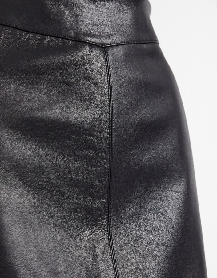 Thumbnail for your product : New Look seamed faux leather mini skirt in black