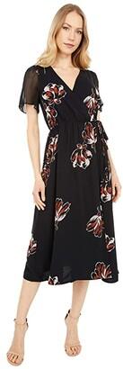 Madewell Short Sleeve Midi Wrap Dress in Camo Floral (True Black) Women's Clothing
