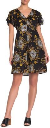 Madewell Floral Flutter Sleeve Dress (Regular & Plus Size)