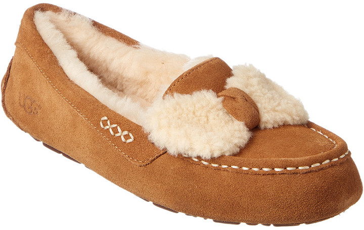 UGG Women's Ansley Fur Bow Water-Resistant Suede Slipper