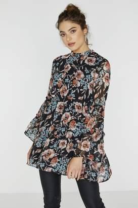 Girls On Film Outlet Florean Floral Tiered Smock Dress