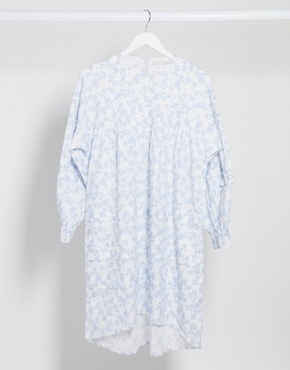 Pieces smock dress in white and blue floral