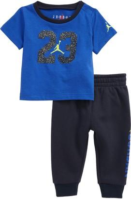 Jordan Dry Speckle 23 Graphic Tee & Joggers Set