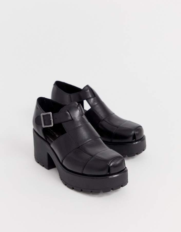 34317b9fd74 Dioon black leather chunky heeled shoes