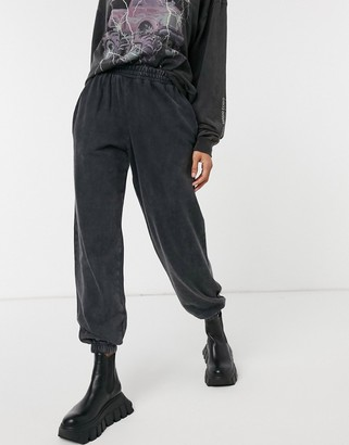 New Look acid wash cuffed sweatpants in gray