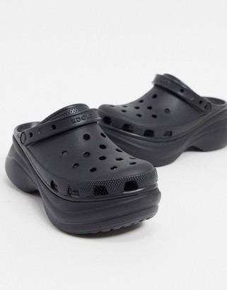 Crocs Bae platform clog in black
