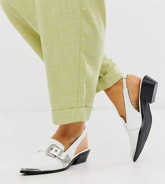 Asos Design DESIGN Wide Fit Vanilla western flat shoes-White