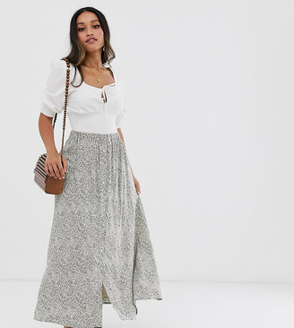 Y.A.S Petite maxi skirt in paisley print-Brown