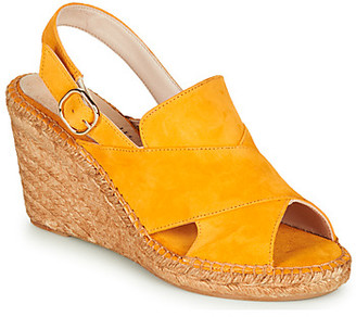 Fericelli MARIE women's Sandals in Yellow